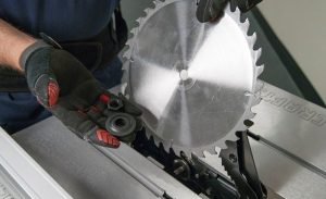 Changing Table Saw Blade