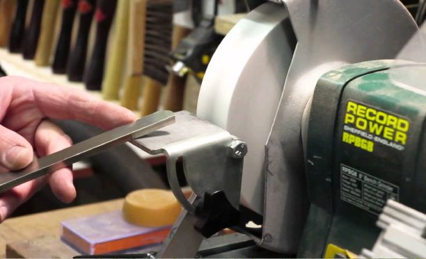 How To Sharpen Wood Lathe Tools